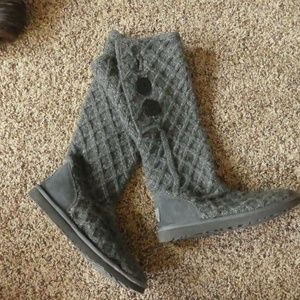 UGG Cardy Lattice Boots - LIKE NEW!
